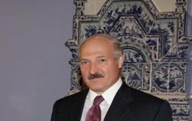 Lukaschenko genehmigt 2 Mrd. Dollar Staatsanleihe