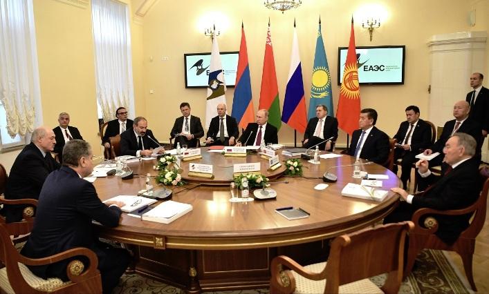 Putin schlägt Eurasischer Wirtschaftsunion gemeinsamen Ölmarkt vor