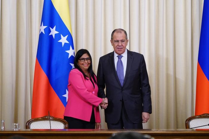 Zentrale venezolanischen Ölmonopols PDVSA zieht nach Moskau
