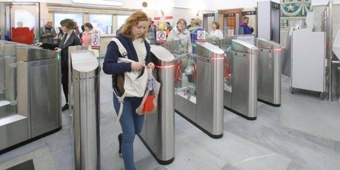 Metro Moskau – kontaktlos bezahlen