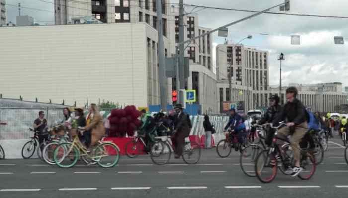 40.000 Menschen kamen zum Moskauer Fahrradfestival