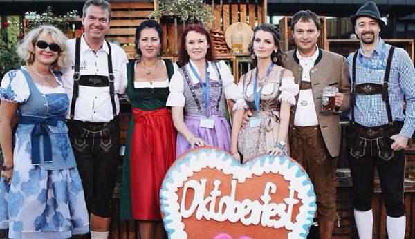Bayerische Stimmung beim AHK-Oktoberfest in Moskau
