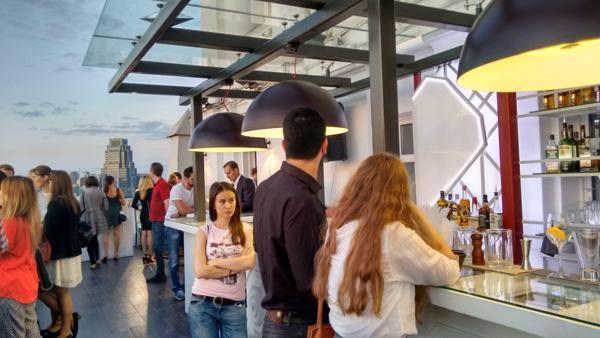 Verbrauchervertrauen: Russen an Instabilität gewöhnt und Furcht vor Krise verloren
