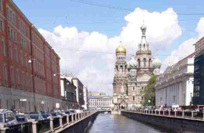Tourismusbranche St. Petersburgs vor Pleitewelle