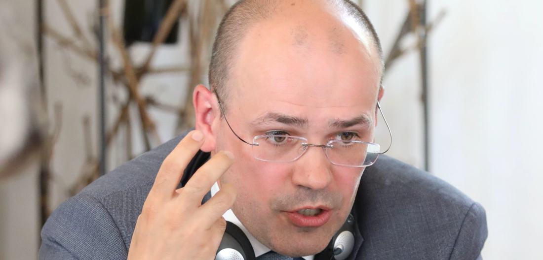 """""""Gas wird zuletzt sterben"""" – Konstantin Simonow, Direktor der Stiftung für die nationale Energiesicherheit und Politikwissenschaftler, über Nord Stream 2"""
