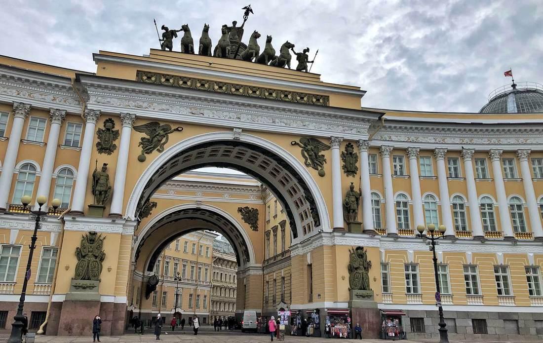 Business geht vor: St. Petersburger Wirtschaftsforum findet statt